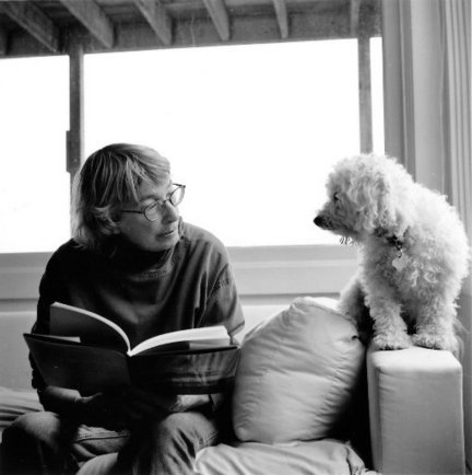 Mary Oliver at home with her pup. via The Cleveland Plain Dealer