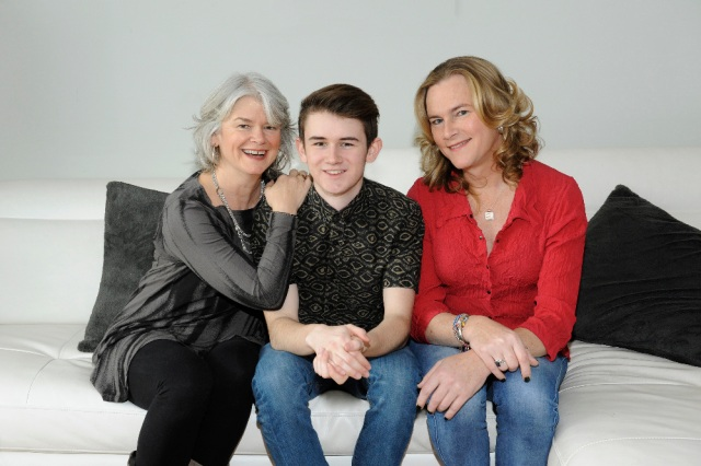 """BECOMING US - ABC Family's """"Becoming Us"""" stars Suzy, Ben and Carly. (ABC Family/Jean Whiteside)"""