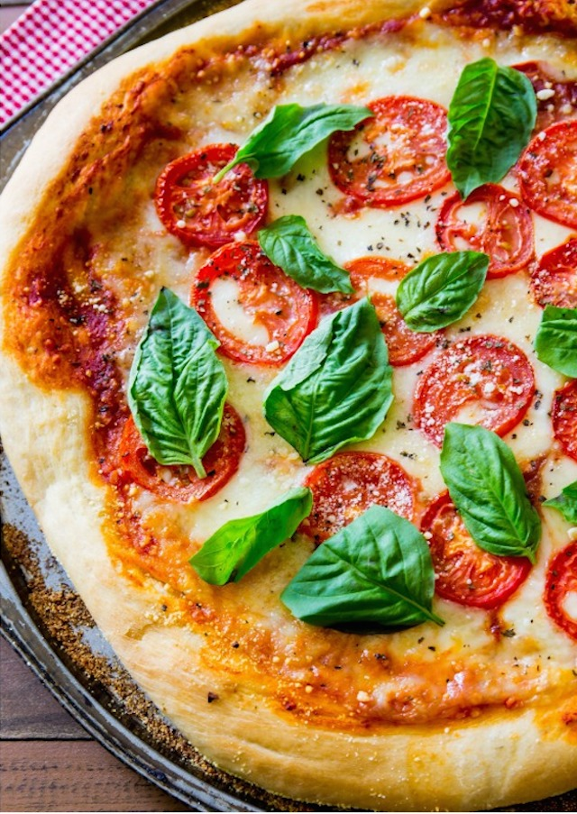 Margherita-Pizza-by-sallysbakingaddiction.com_