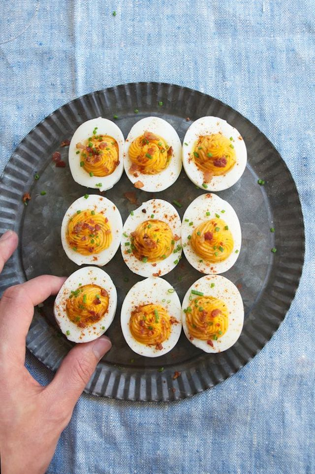 22. Sriracha Deviled Eggs with Crumbled Bacon