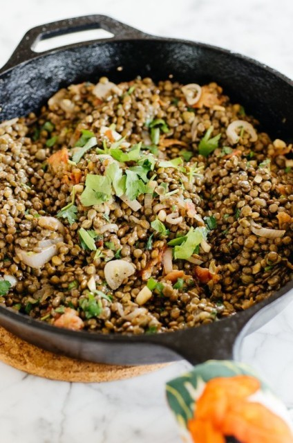 23 warm french lentil bacon salad with herbs