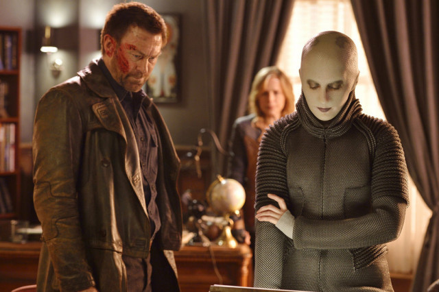 """DEFIANCE -- """"My Name is Datak Tarr and I Have Come to Kill You"""" Episode 308 -- Pictured: (l-r) Grant Bowler as Joshua Nolan, Trenna Keating as Doc Yewll -- (Photo by: Ben Mark Holzberg/Syfy)"""