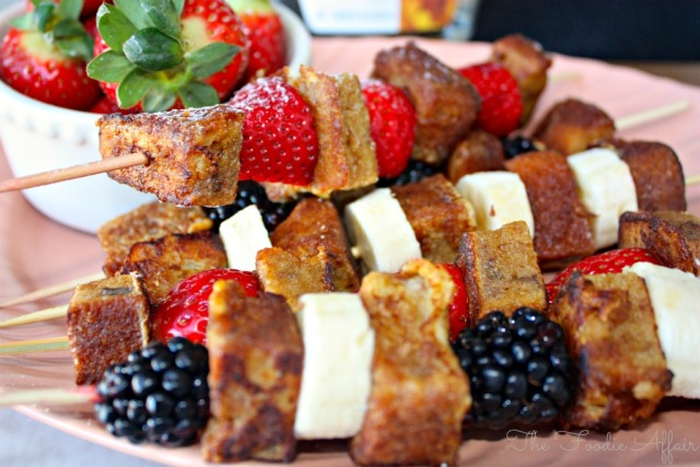 French-Toast-Kabobs-The-Foodie-Affair