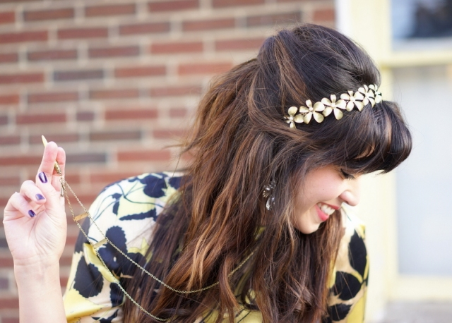 30-something fashionista and contributing editor, Aja, is ready for a garden party in her pretty floral headband.