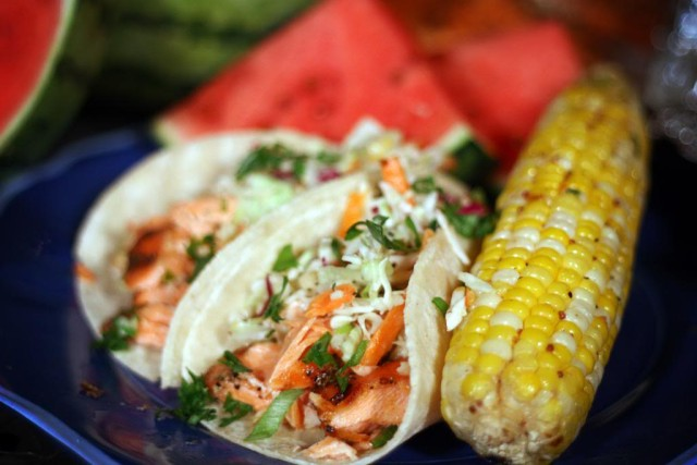 grilledsalmontacos