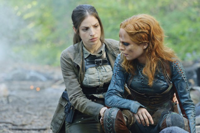 "DEFIANCE -- ""Of a Demon in My View"" Episode 311 -- Pictured: (l-r) Anna Hopkins as Jessica ""Berlin"" Rainer, Stephanie Leonidas as Irisa Nolan -- (Photo by: Ben Mark Holzberg/Syfy)"