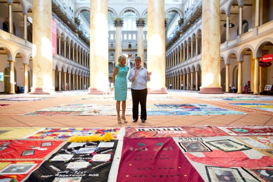 Julie Rhoad and Jill Biden view part of the AIDS Quilt. Via whitehouse.gov