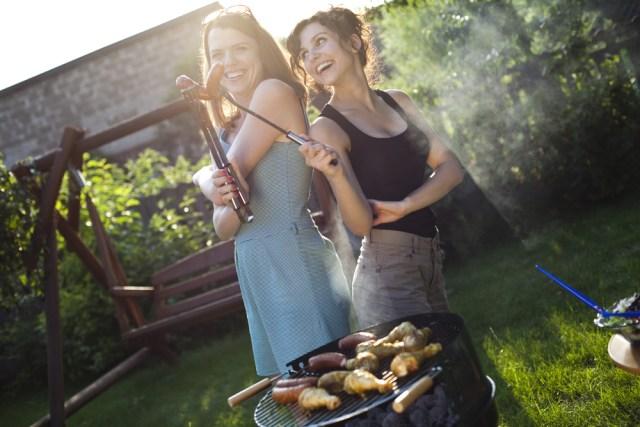grill girls