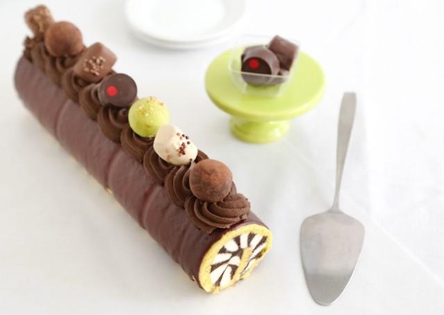 harlequin truffle cake roll
