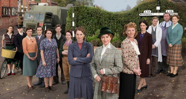 ITV STUDIOS PRESENTS HOME FIRES EPISODE 1 Pictured L-R: DAISY BADGER as Claire Hillman, MIKE NOBLE as Spencer Bradley, FRANCES GREY as Erica Campbell, ED STOPPARD as Will Campbell, CLAIRE RUSHBROOK as Pat Simms, BRIAN FLETCHER as Little Stan Farrow, CLARE CALBRAITH as Steph Farrow, RUTH GEMMELL as Sarah King, FRANCESCA ANNIS as Joyce Cameron, SAMANTHA BOND as Frances Barden, LEANNE BEST as Teresa Stockwood, WILL ATTENBOROUGH as David Brindsley, DANIEL RYAN as Bryn Brindsley and CLAIRE PIRICE as Miriam Brindsley. Photographer: COLIN hUTTON. This image is the copyright of ITV and must be credited. The images are for one use only and to be used in relation to Home Firs, any further charge could incur a fee.