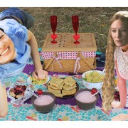 laura and galadriel on a picnic