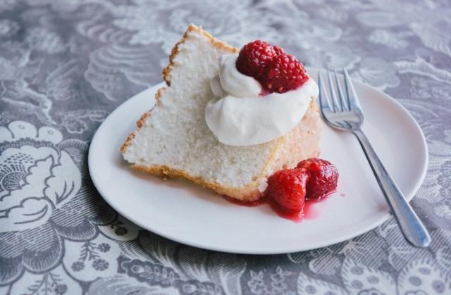 rosewater-angel-food-cake