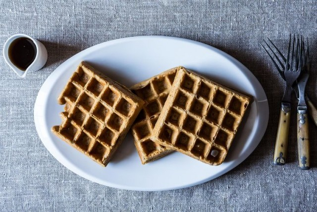 spiced-stout-waffles