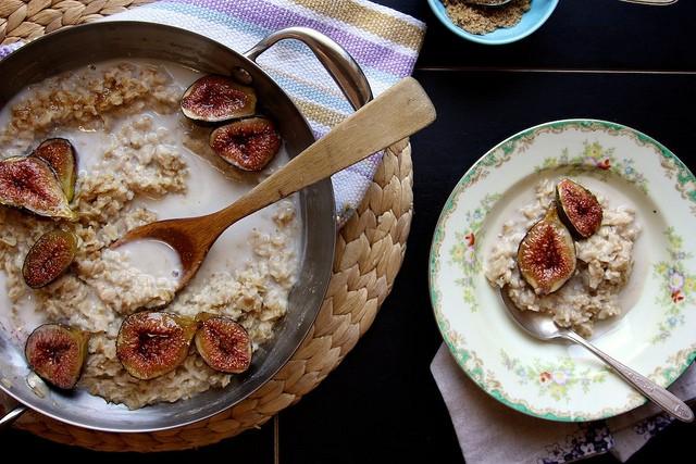 23. Brown Sugar Roasted Fig Oatmeal