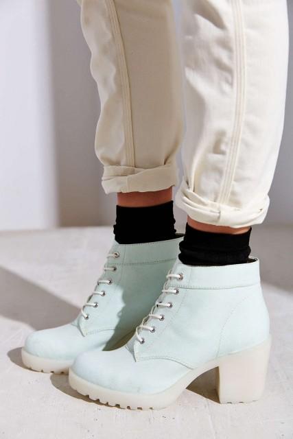 %Vagabond Grace Boots