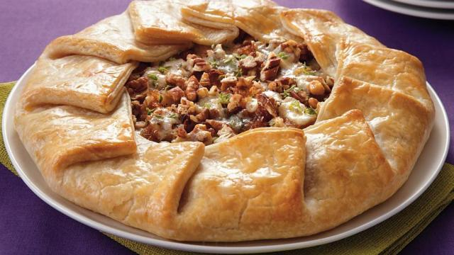 pear-and-caramelized-onion-galette
