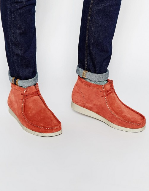 %Clarks Wallabees