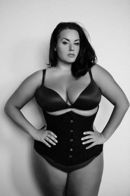 Nikita White via pretty plus size