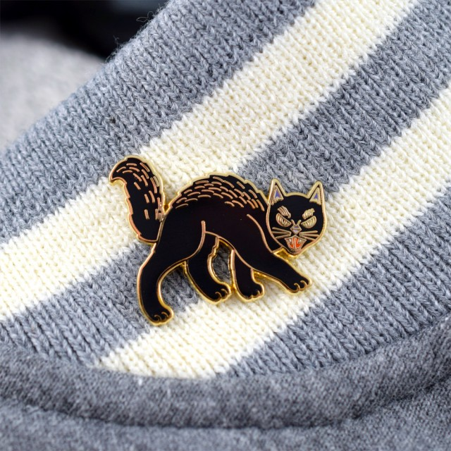 %Black Cat Pin