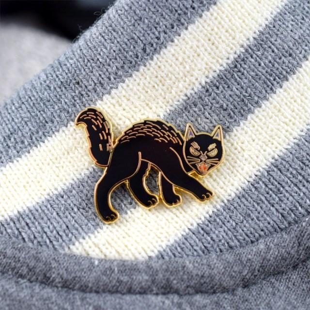 %Black Cat Pin
