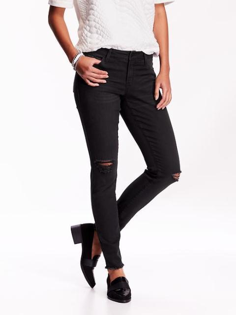%Mid-rise Rockstar Jeans