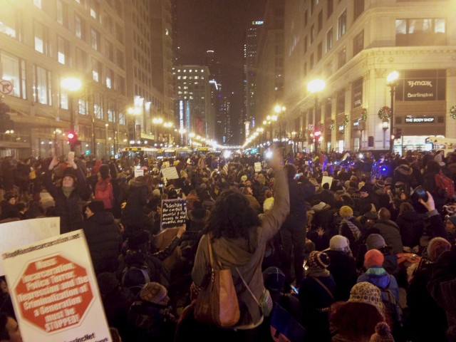 Eric_Garner_Protest_Chicago_Dec_4_2014