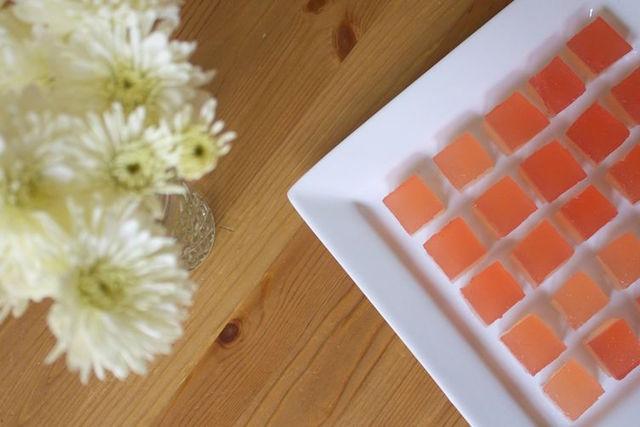 champagne-rhubarb-jelly-shots