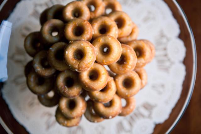 mimosa-donuts