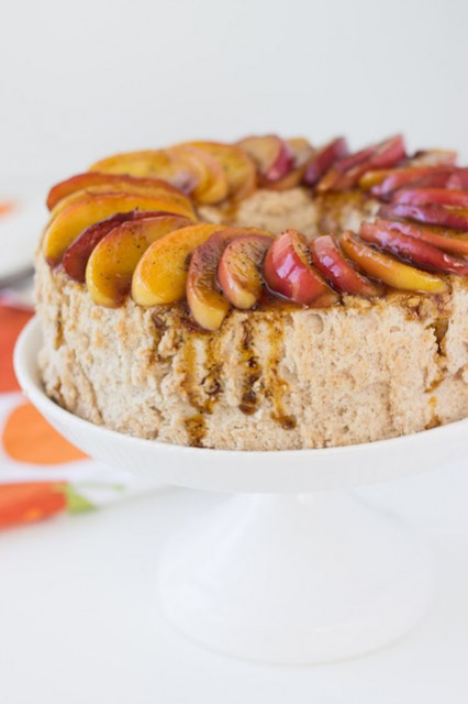 cinnamon-angel-food-cake-caramelized-apples
