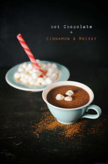 hot-chocolate-cinnamon-whisky