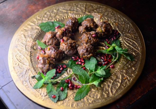 Mudaqqaqat Hamida (Fragrant Lamb Meatballs with Sour Sauce)