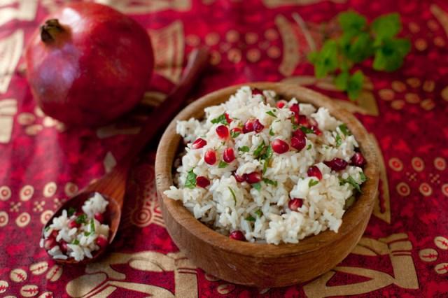 Cinnamon Infused Pomegranate Saffron Rice