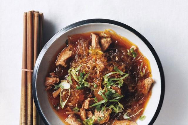 pork-noodle-soup-cinnamon-anise-6x4