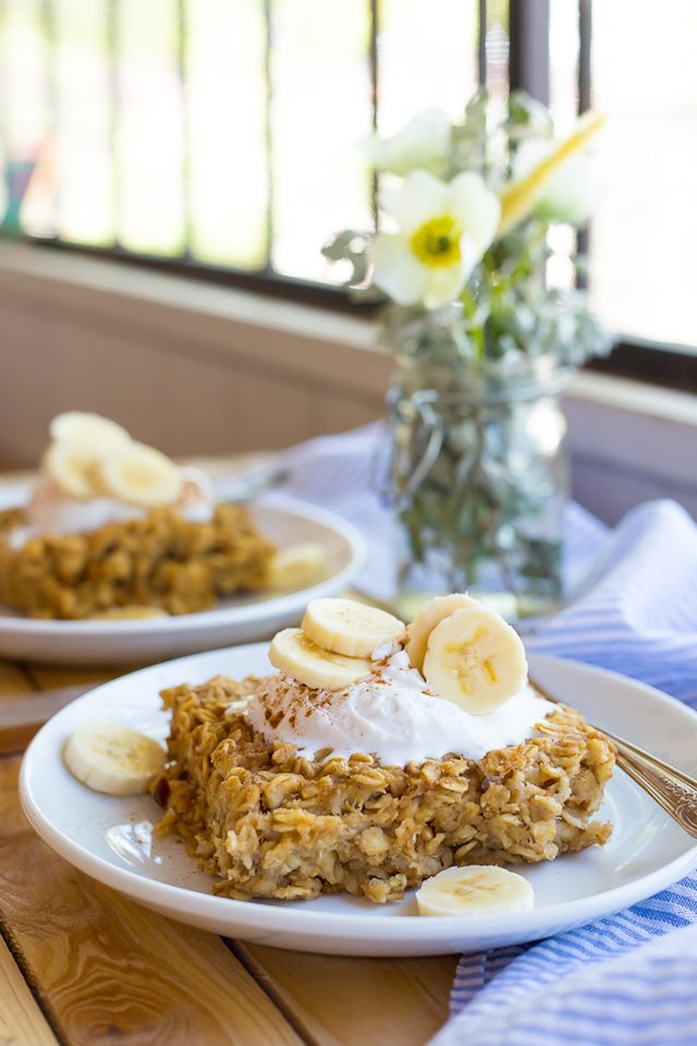 Peanut Butter and Banana Oatmeal Bake