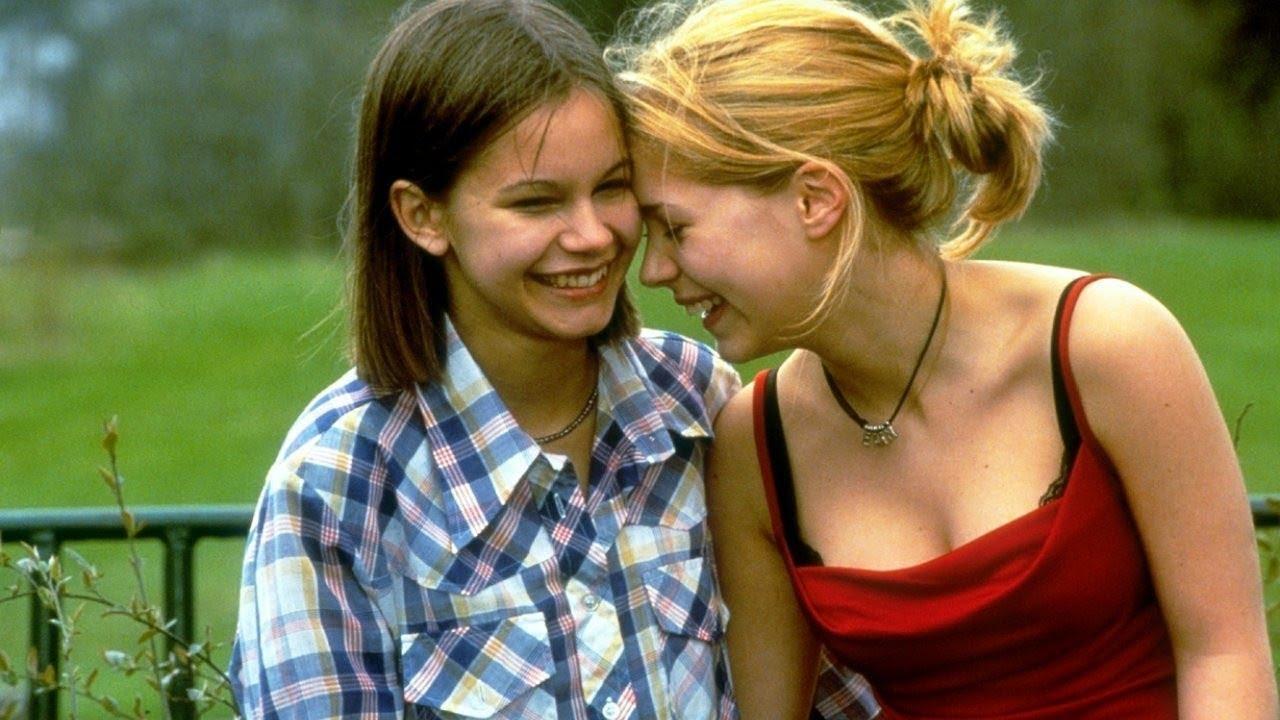 Смотреть девочки лесби 12 фотография