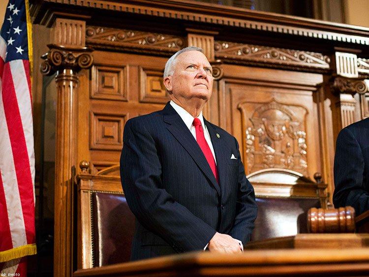 georgia-governor-speaks-out-against-license-to-discriminate-legislationx750
