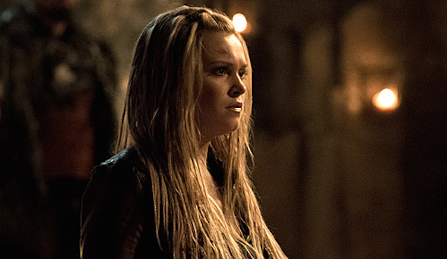 "The 100 -- ""Stealing Fire"" -- Image HU309b_0022 -- Pictured: Eliza Taylor as Clarke -- Credit: Cate Cameron/The CW -- © 2016 The CW Network, LLC. All Rights Reserved"