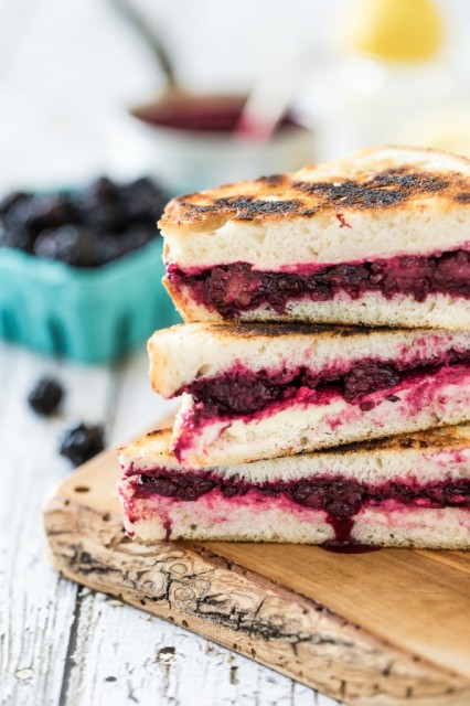 Lavender-Blackberry-Ricotta-Grilled-Cheese-Sandwich-7-682x1024