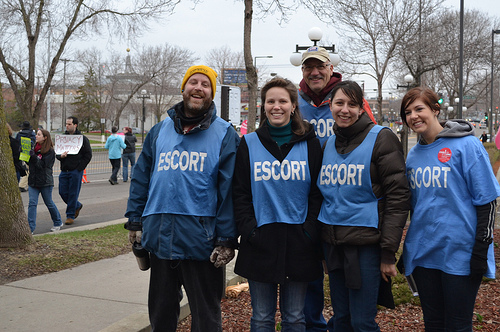 Clinic escort volunteers at a Planned Parenthood health center (via PlannedParenthood.tumblr.com