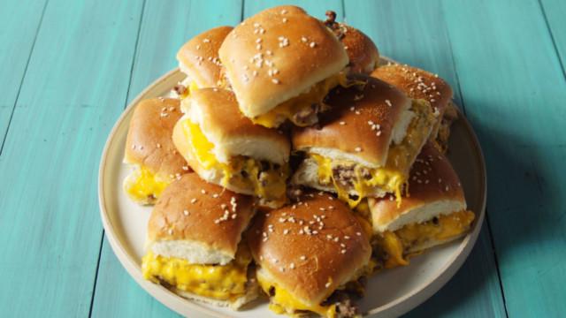 cheesburger-sliders