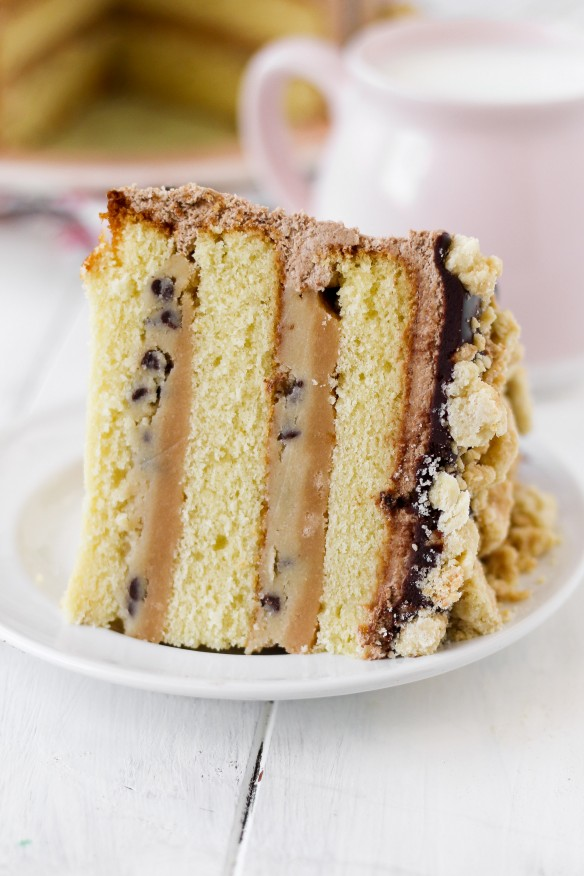 BILLIONAIRE COOKIE DOUGH CAKE