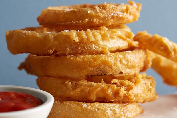 Beer-Battered Onion Rings via Epicurious