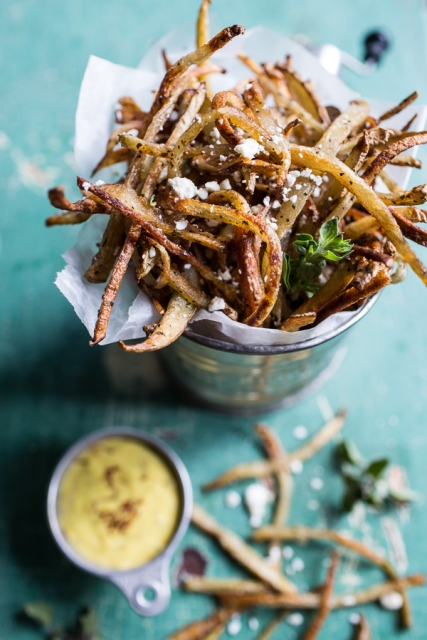 Skinny-Greek-Feta-Fries-with-Roasted-Garlic-Saffron-Aioli-1