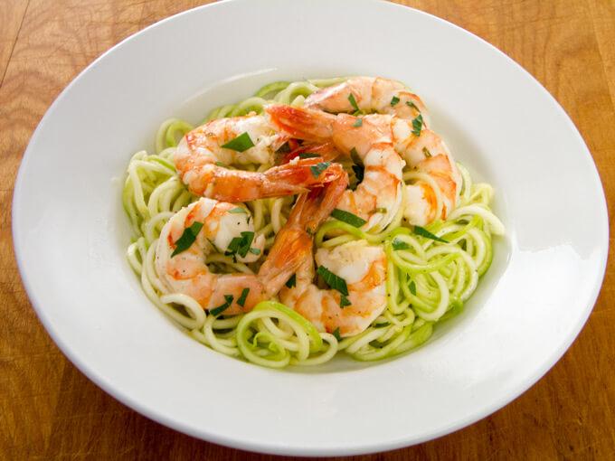 shrimp-with-zucchini-pasta680x510
