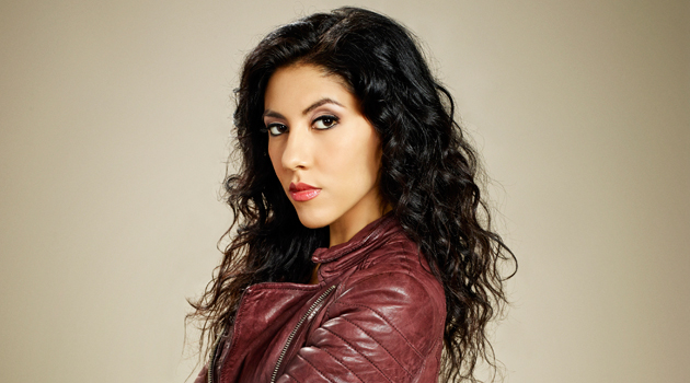 jacket-stephanie-beatriz-brooklyn-nine-nine-0820-feat