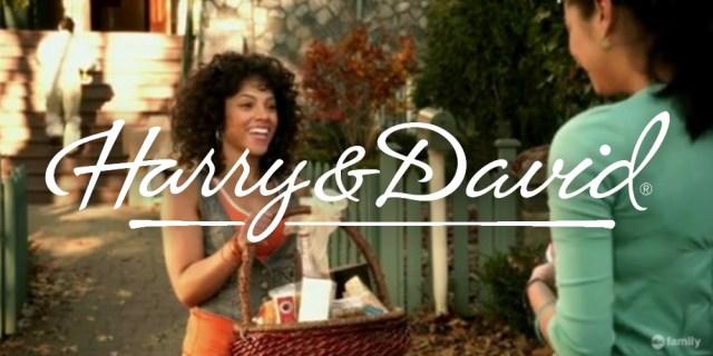 Harry and David – Maya St. Germain bringing Emily Fields a basket full of fruit (PLL S01 E01)