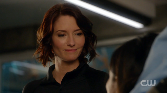 Supergirl Episode 208 Recap: Kiss the Girls That We Want ...