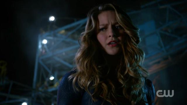 Kara glares down at Cyborg Superman