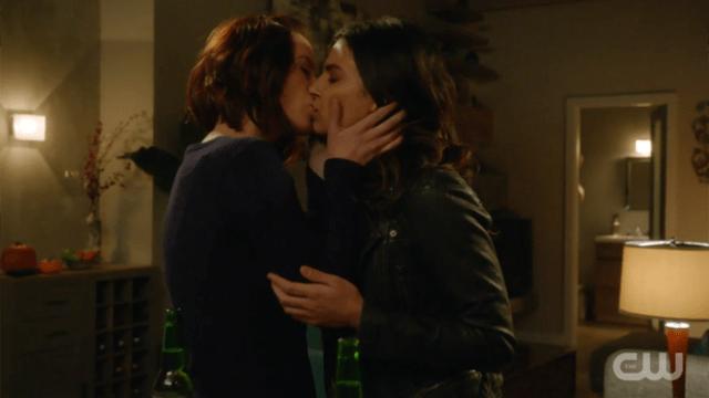 Alex kisses Maggie