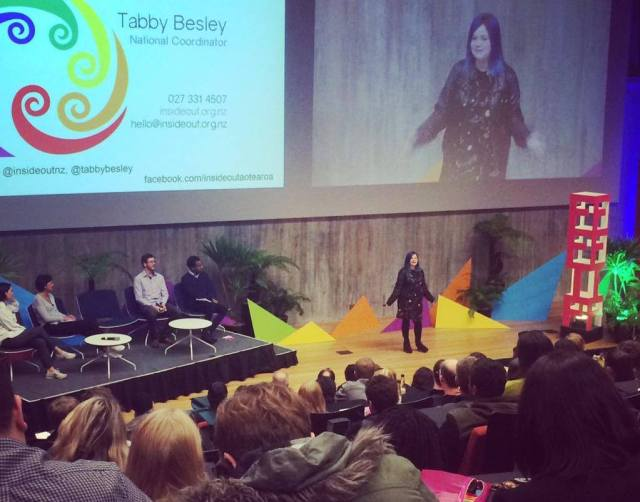 tabby-presenting-to-500-people